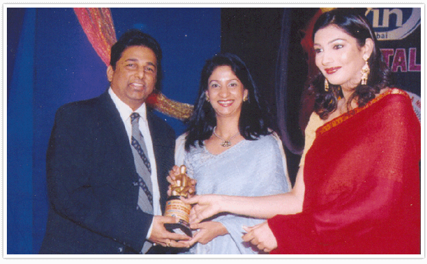 MAHARASHTRA VAIBHAV AWARD 2002 FOR EXCELLENCE IN TRICHOLOGY